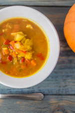 Curried pumpkin & veggie soup
